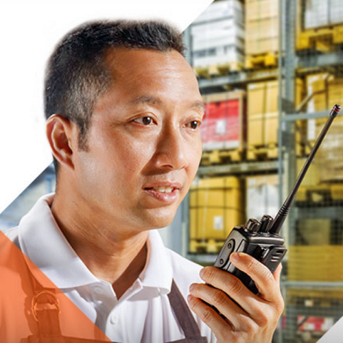 employees working in the retail industry can make use of two way radios too